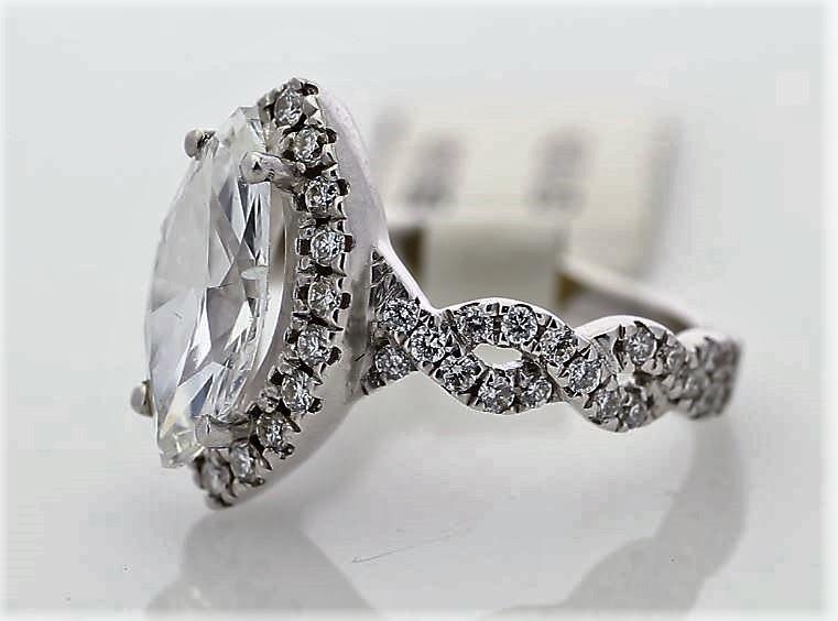 18k White Gold Single Stone With Halo Setting Ring 2.02 - Image 2 of 3