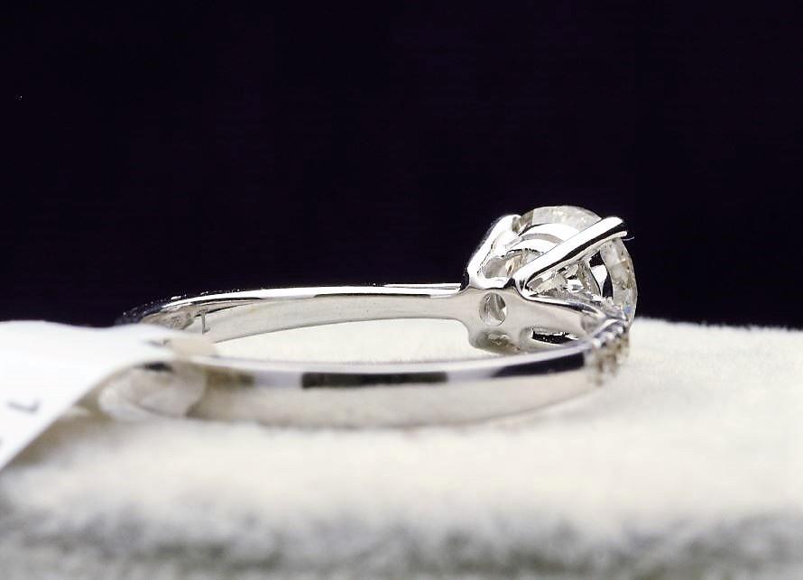 18k White Gold Single Stone Prong Set With Stone Set Shoulders Diamond Ring 1.37 - Image 3 of 4