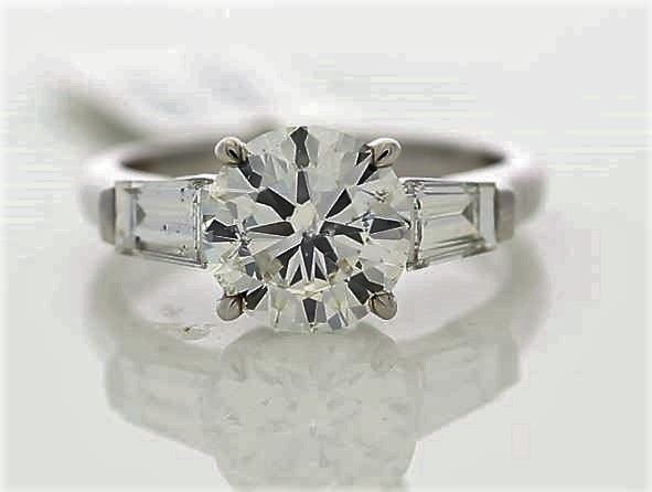 18k White Gold Single Stone Prong Set With Stone Set Shoulders Diamond Ring 2.85