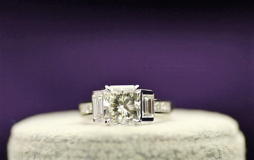 18k White Gold Single Stone Prong Set With Stone Set Shoulders Diamond Ring 5.22