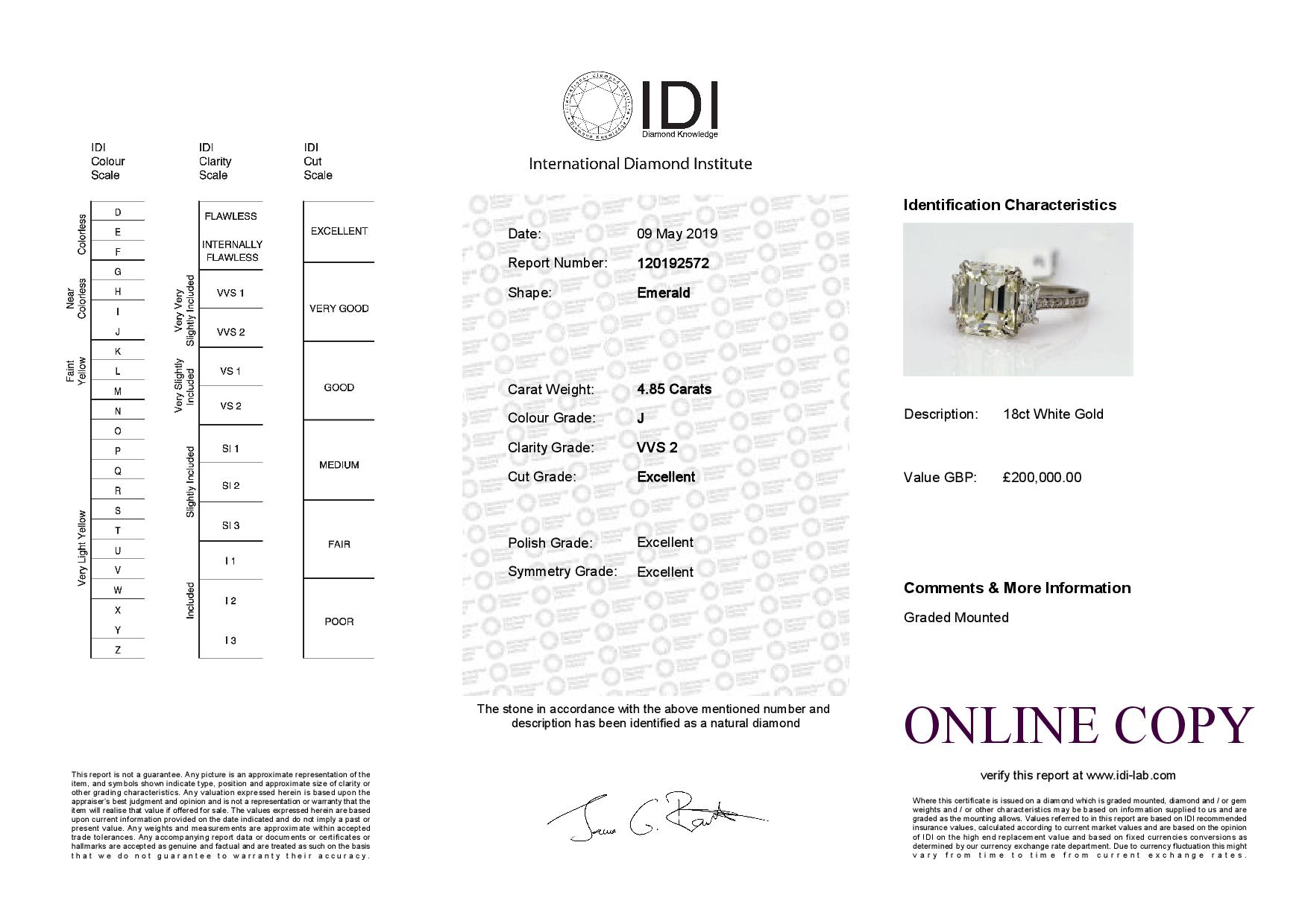 18k White Gold Three Stone Claw Set Diamond Ring 4.56 - Image 3 of 3
