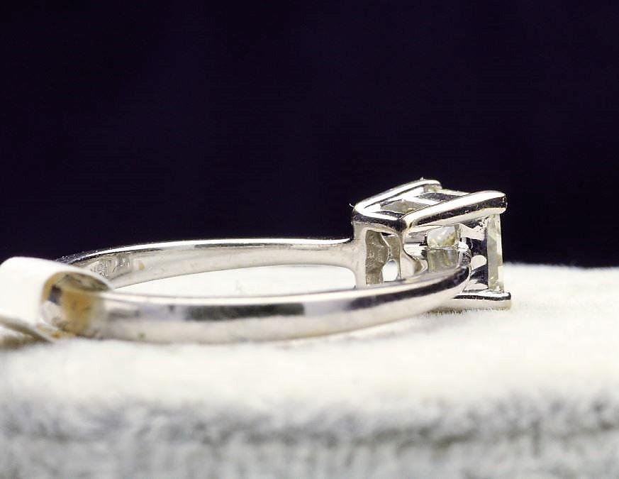 18k White Gold Single Stone Prong Set Diamond Ring 1.00 - Image 3 of 4