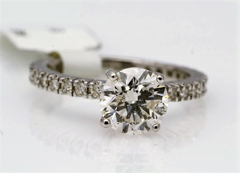 Lot 27 - 18k White Gold Single Stone Prong Set With Stone Set Shoulders Diamond Ring 1.85