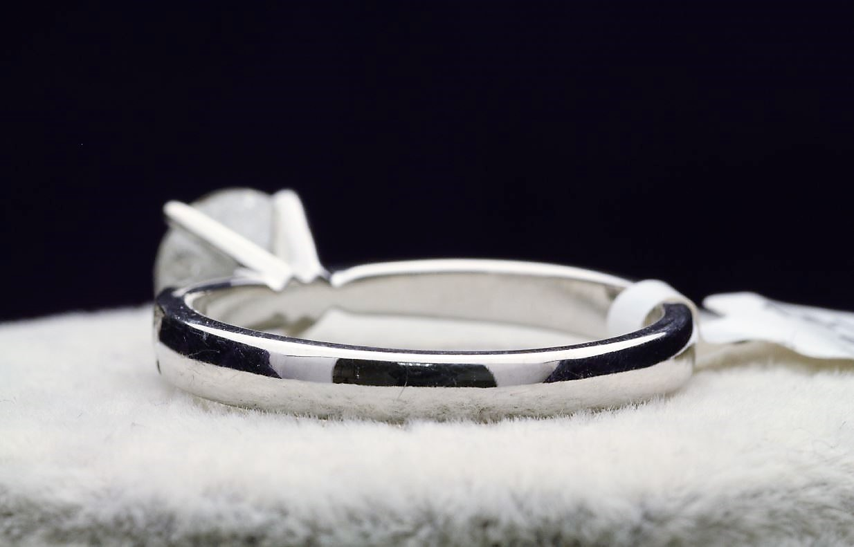 18k White Gold Single Stone Prong Set With Stone Set Shoulders Diamond Ring 1.82 - Image 3 of 4