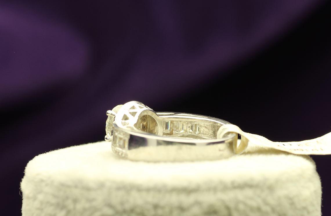 18k White Gold Single Stone With Halo Setting Ring 2.62 - Image 3 of 4