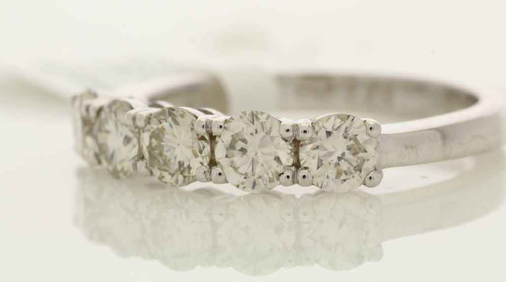 18k White Gold Claw Set Semi Eternity Diamond Ring 1.18 - Image 2 of 3