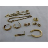 Lot 389 - A quantity of gold jewellery in need of repair, approx total weight 28.6g