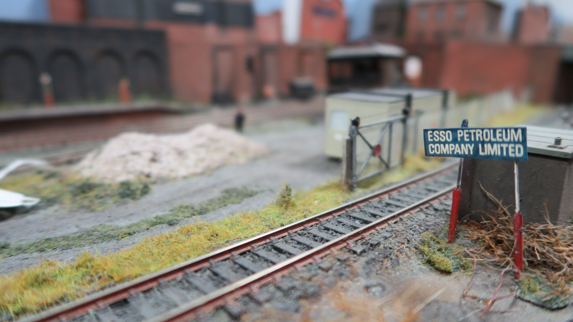 "Lot 1 - A Former Exhibition ""OO"" Model Railway Layout, depicting a late XX Century North East England"