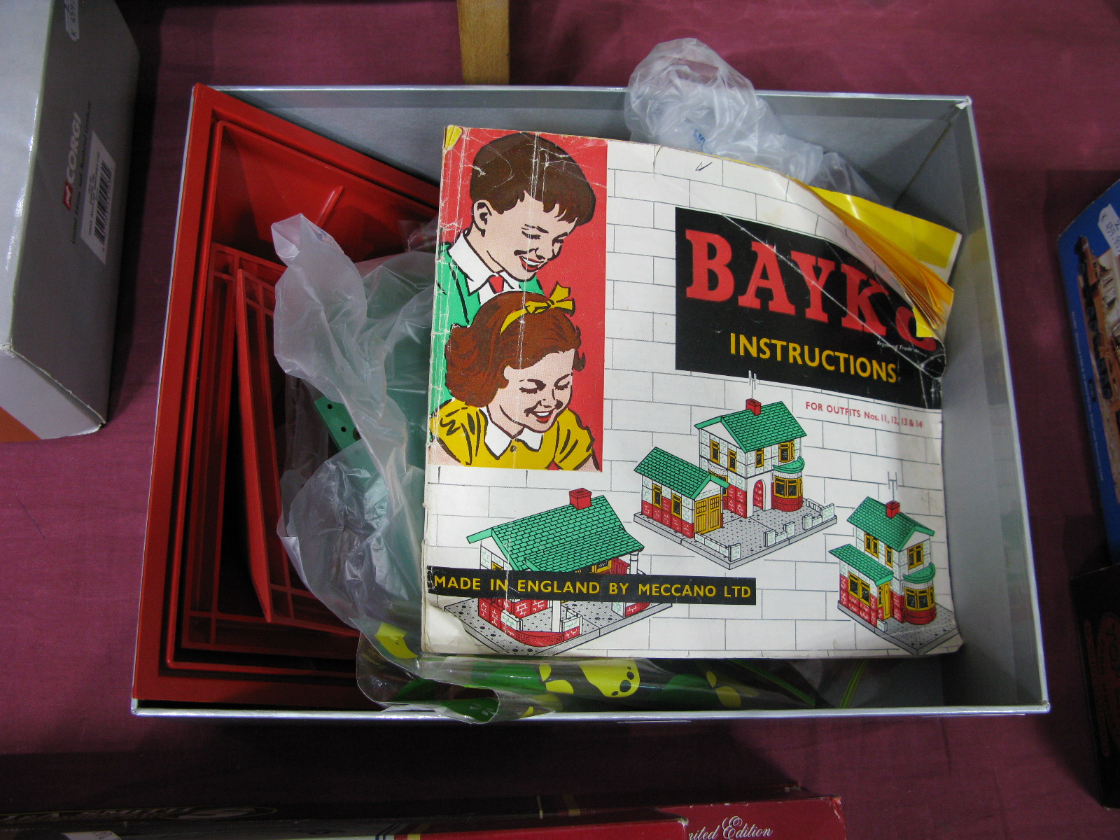 Lot 34 - A Quantity of Bayko Loose Construction Parts, including roofs, bricks, flats, pillars, instruction