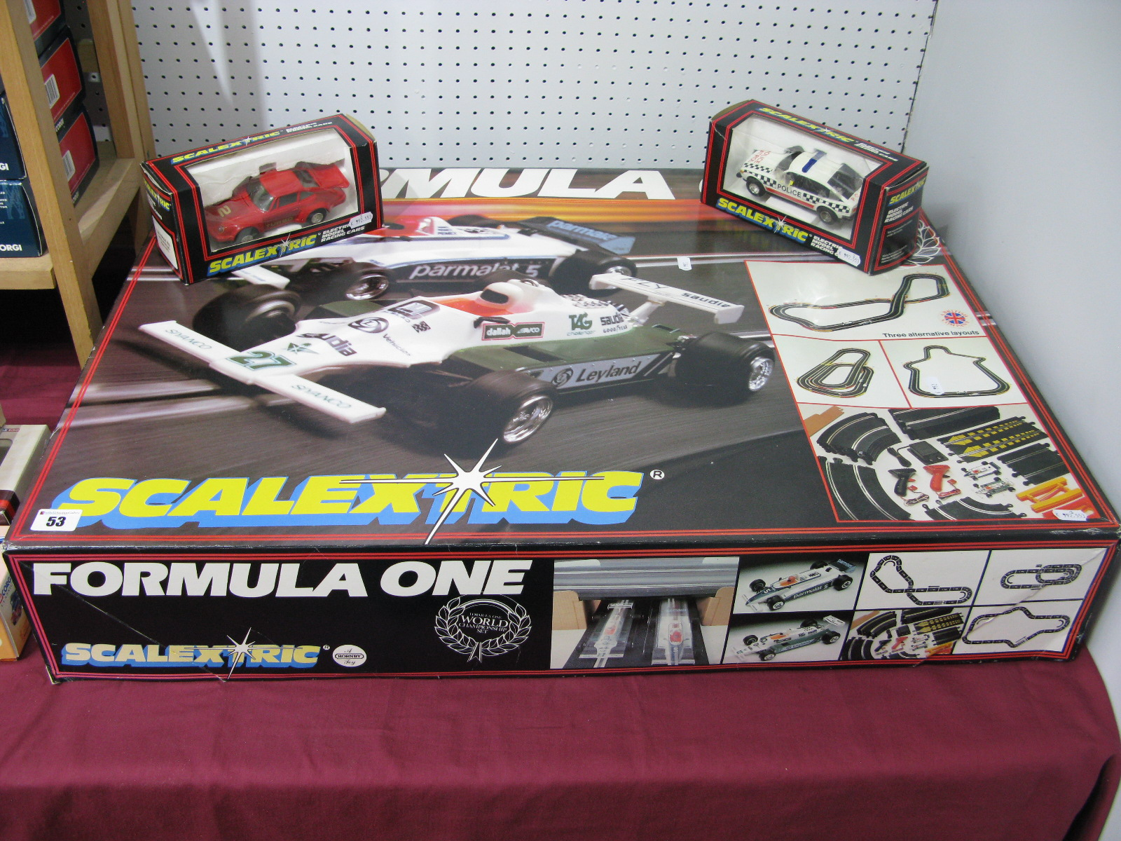 Lot 53 - A boxed Scalextric Formula One Racing Set, including one Brabham, one Williams, track, unchecked,