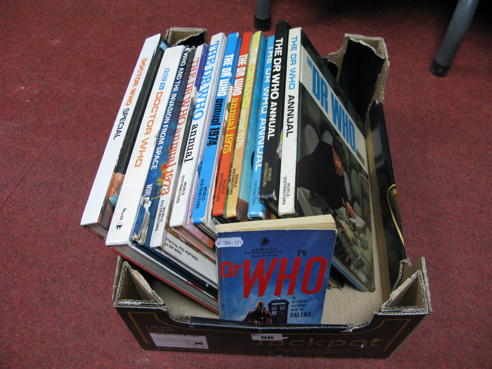Lot 56 - A Quantity of Dr Who Annuals and Books Including The Dr Who Annual 1966, 1969, 1970, 1971, 1973,