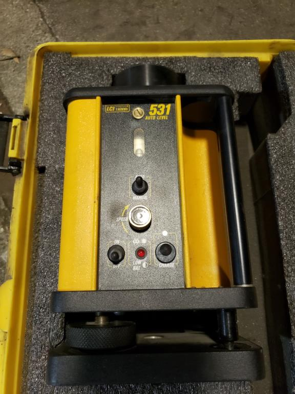 Lot 105 - Auto Level Rotary Laser