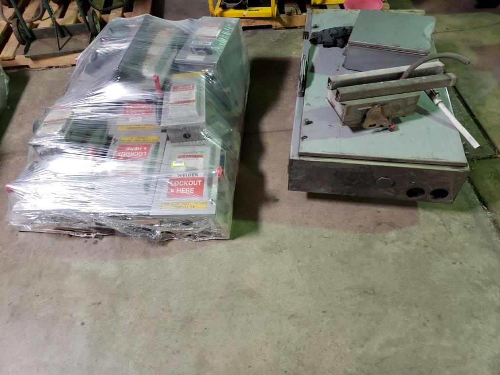 Lot 190 - Electrical Switches