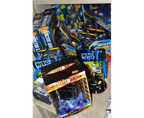 A QUANTITY OF BOXED MODERN DOCTOR WHO FIGURES etc, to include two Into the Dalek Time Zone and figure collection, Battle of t