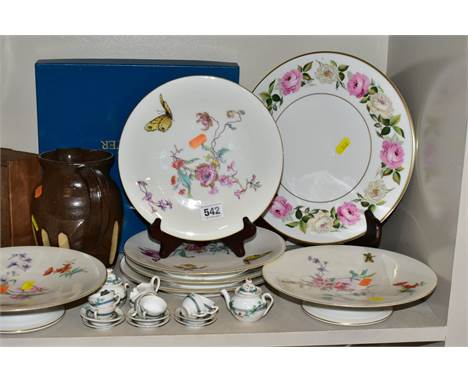 A GROUP OF CERAMICS, GLASS, STONEWARE ITEMS, to include porcelain part dessert set (two comports and four plates) decorated w