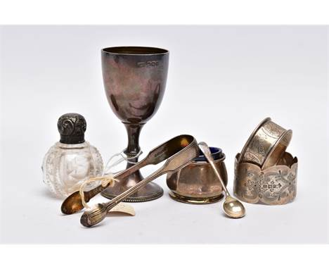 A SELECTION OF SILVER ITEMS, to include a small silver trophy cup, engraved 'Replica of Harefield Legion Relay Challenge Cup'
