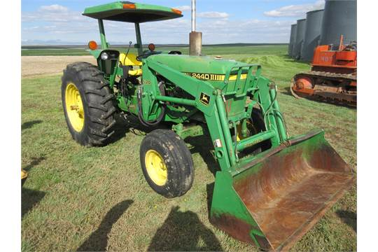 1981 John Deere 2440 utility tractor Canopy ROPS 60 Hp diesel 8 speed 3 Pt PTO 1 Hyd 16.9- : farm tractor canopy - memphite.com