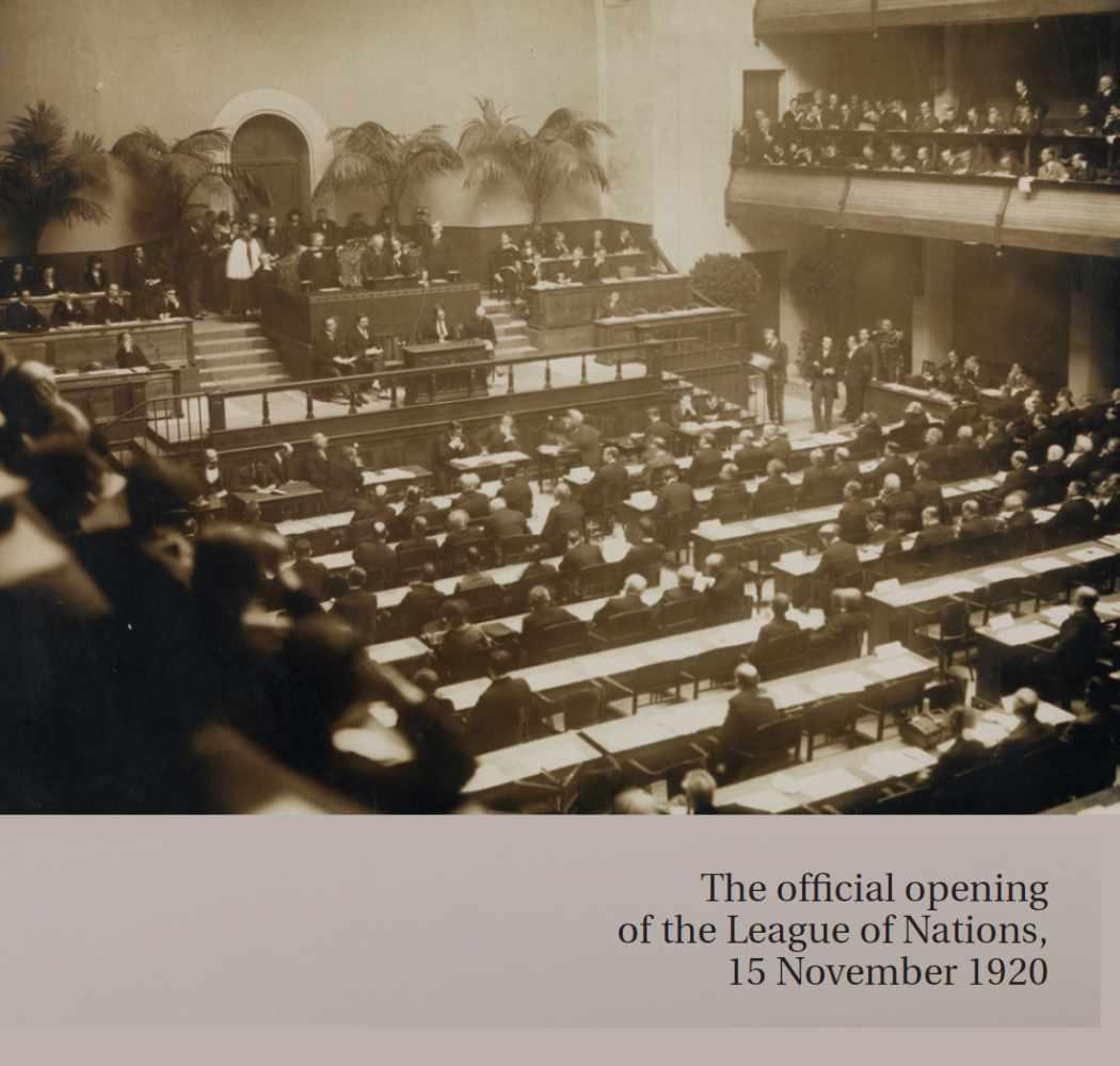 IMPORTANT IVORY CEREMONIAL HAMMER FOR 1ST LEAGUE OF NATIONS ASSEMBLY IN GENEVA, 1920Ivory, velvet - Image 3 of 9