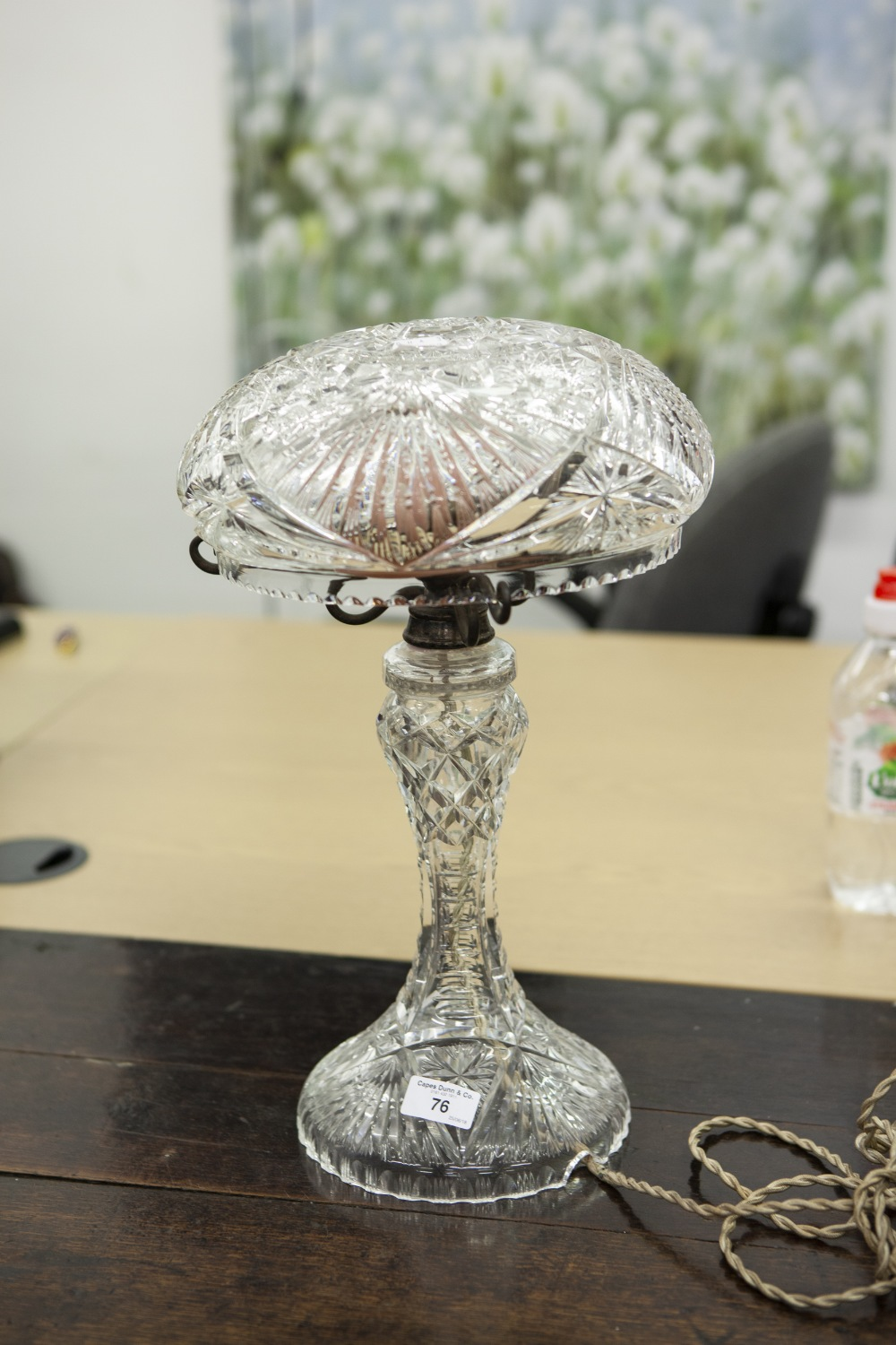 Lot 76 - A CUT GLASS CRYSTAL TABLE LAMP, WITH MUSHROOM SHAPED SHADE ON SPREAD BASE