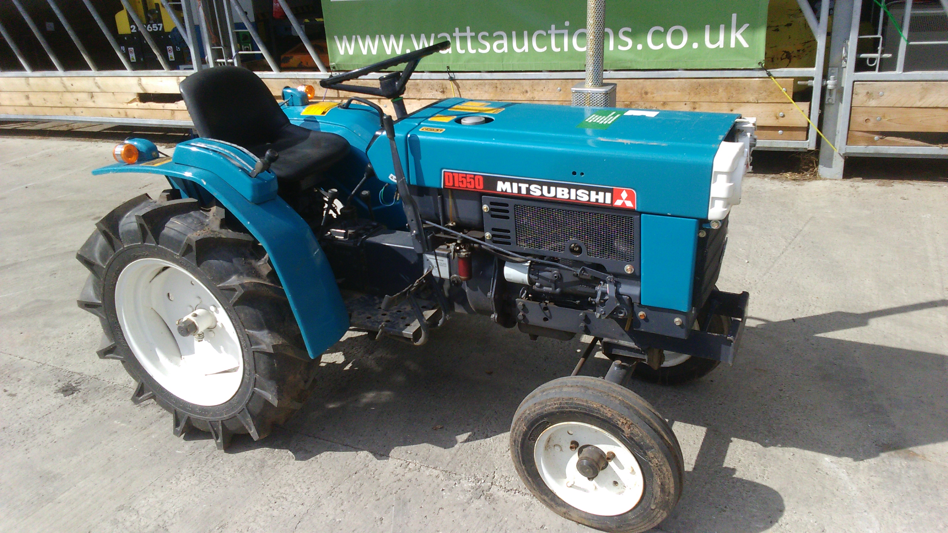 Small Tractor Top Link : Mitsubishi d wd compact tractor s n cylinder