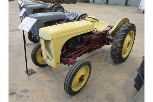1948 Ford Ferguson Tractor : Ferguson te a cylinder petrol paraffin tractor