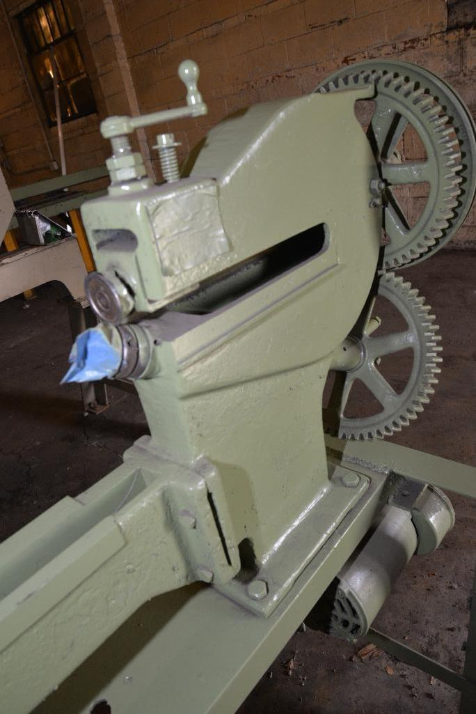 Lot 52 - PECK STOW & WILCOX CIRCLE CUTTER - MACHINE NO. USA 9227 - CURRENTLY HAND CRANK - SET UP FOR ELECTRIC