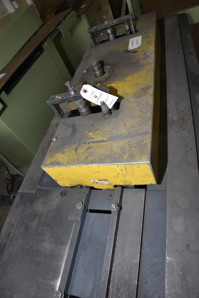 Lot 4 - LOCKFORMER - 20 GA. CAP. - S/N BTSL-CR-091001-SNAP LOCK MACHINE