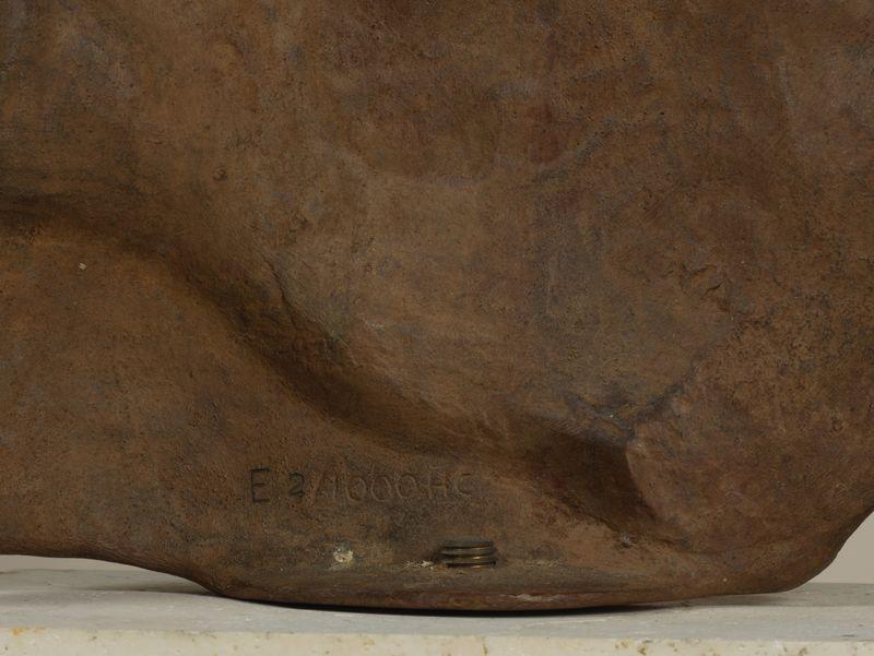 Los 53 - Igor MITORAJ (1944-2014) - Persée - Sculpture en bronze à patine marron - Signé et [...]