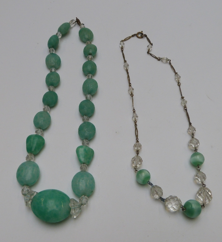 Lot 22 - A collection of beads including glass, faux agate, French jet, Art Deco beads etc