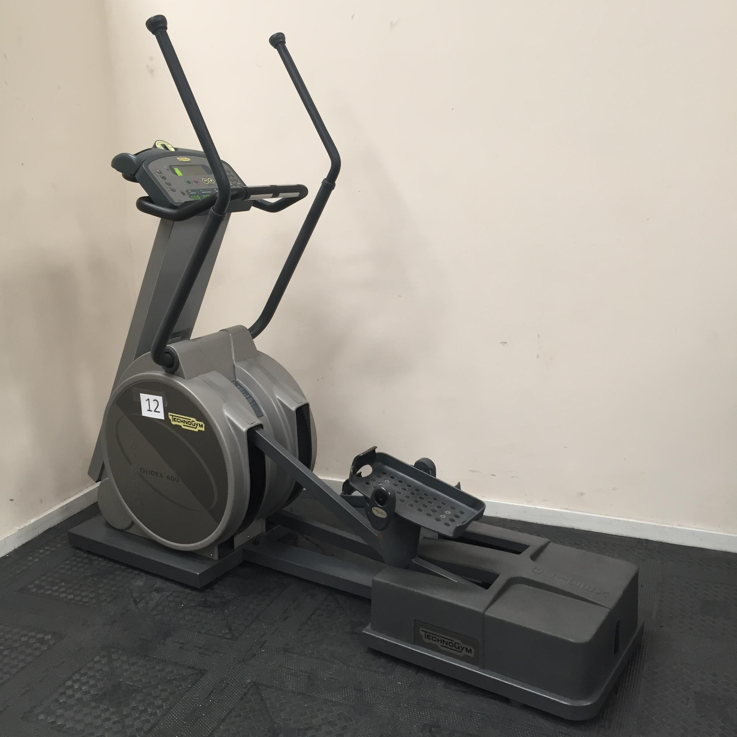 technogym xt pro 600 glidex cross trainer appraisal this. Black Bedroom Furniture Sets. Home Design Ideas