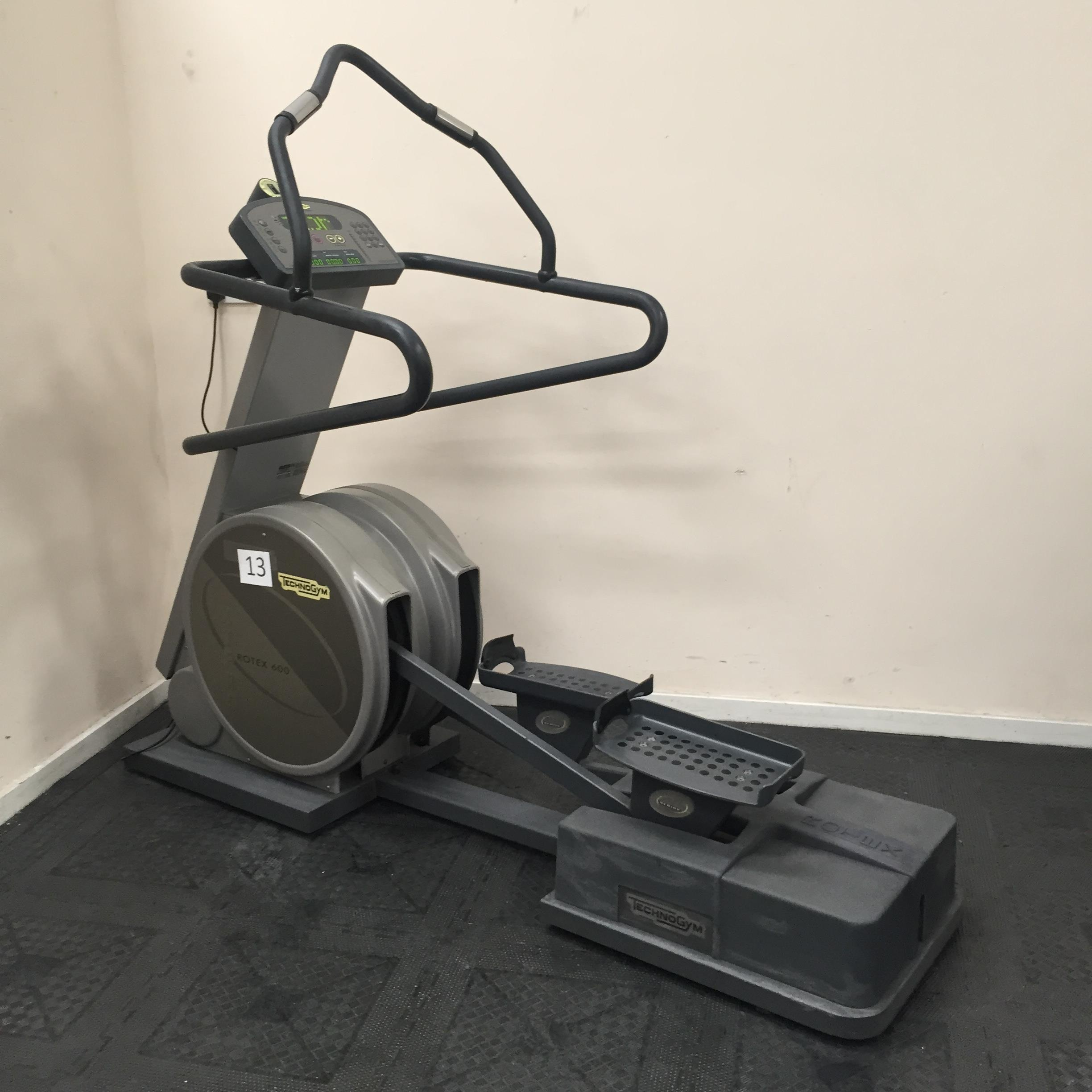technogym xt pro 600 rotex cross trainer appraisal this. Black Bedroom Furniture Sets. Home Design Ideas