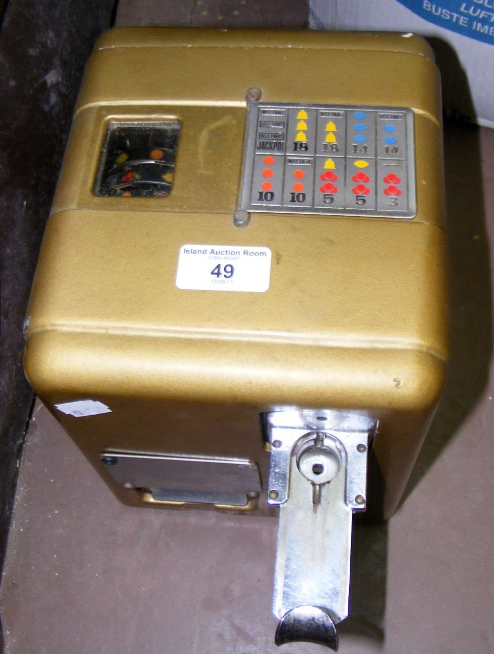 Lot 49 - A coin operated bar top fruit machine and one other