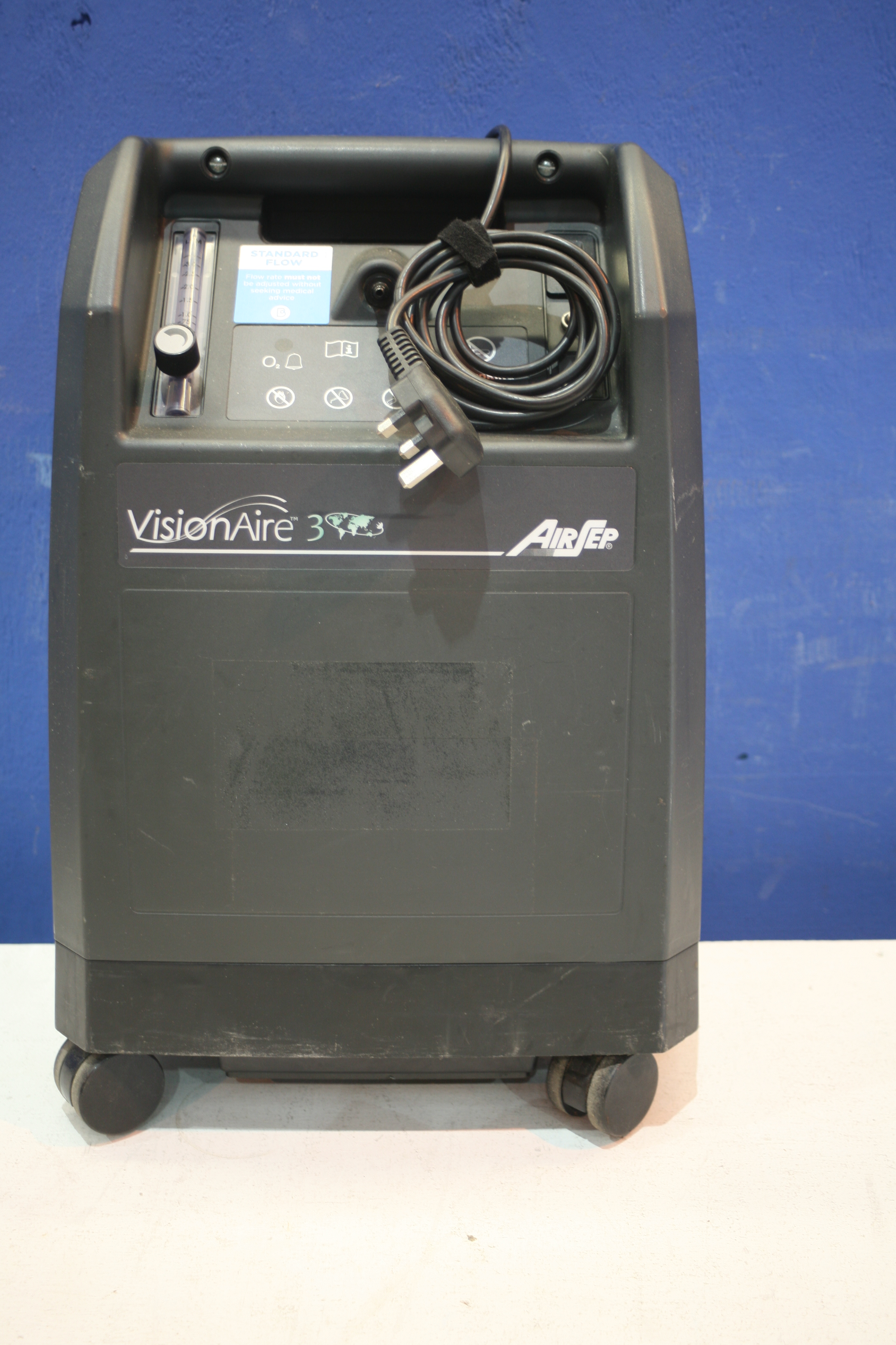 Lot 174 - Airsep Vision Aire 3 Oxygen Concentrator *Powers Up*