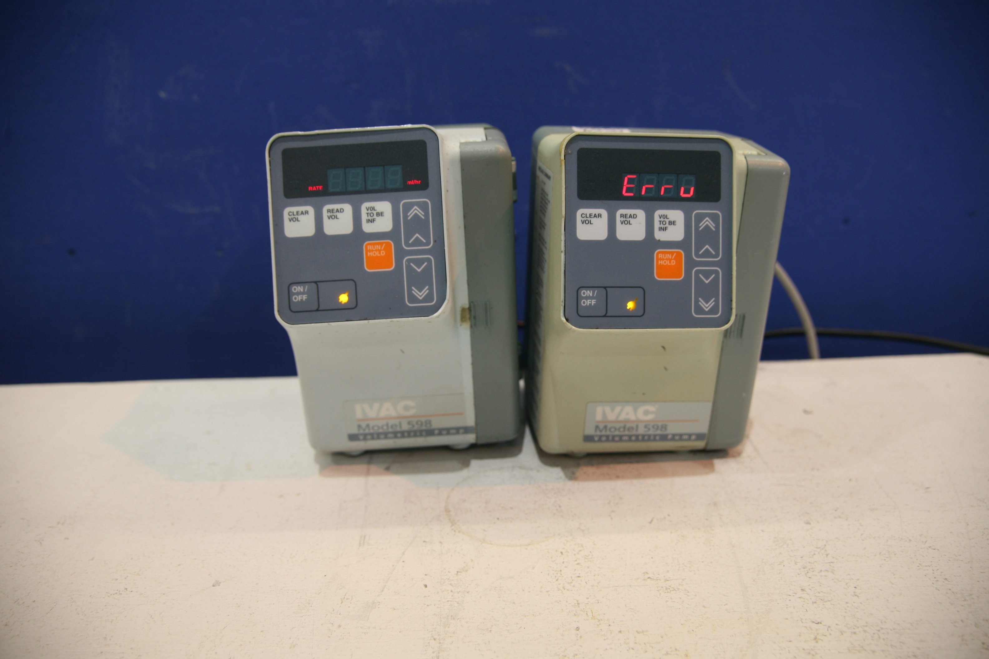 Lot 75 - 2x IIVAC Volumetric Pump Model 598 *Powers Up*