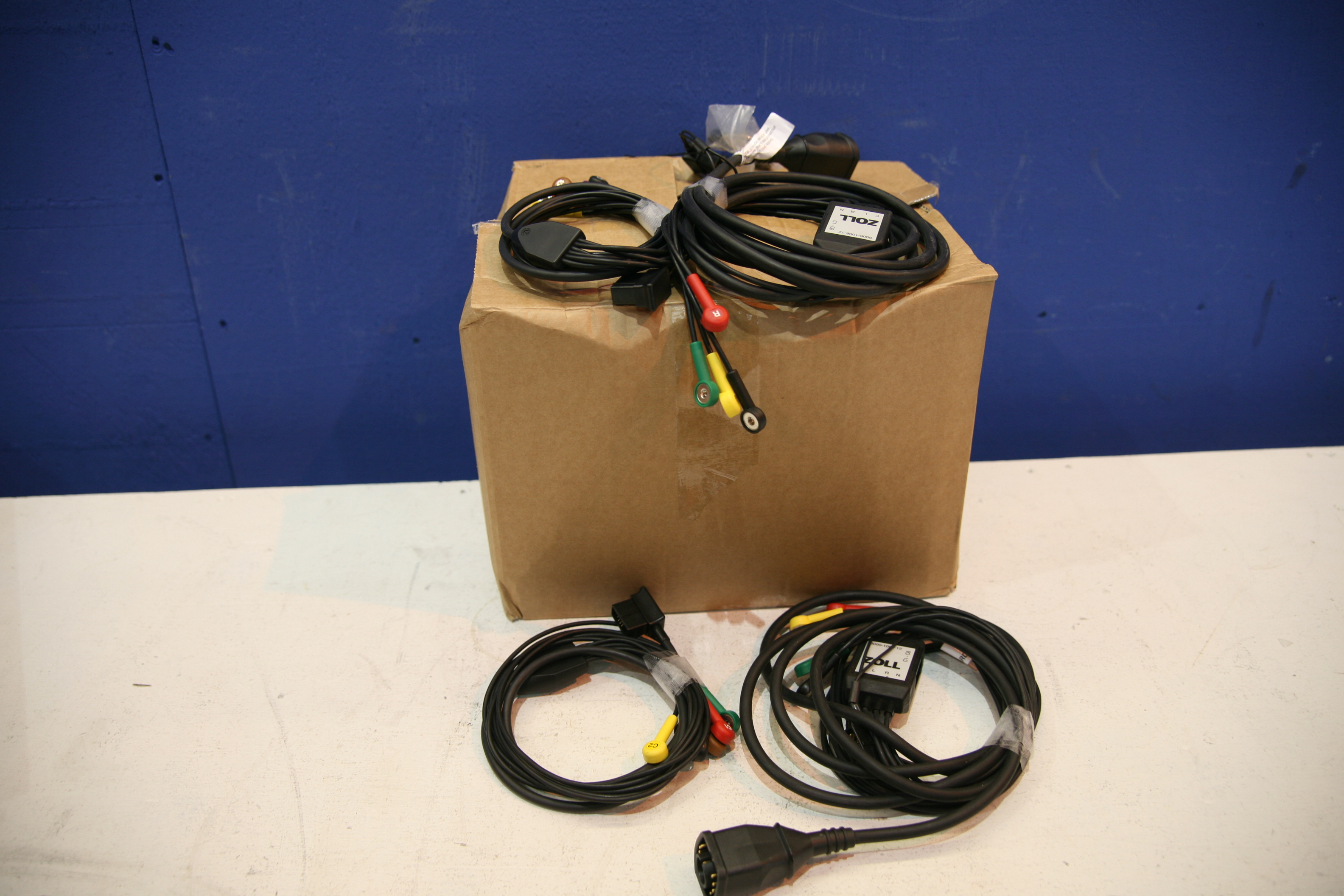 Lot 82 - Box Of 15xZoll LIMB ECG Cable And 15X Zoll Chest ECG Cable
