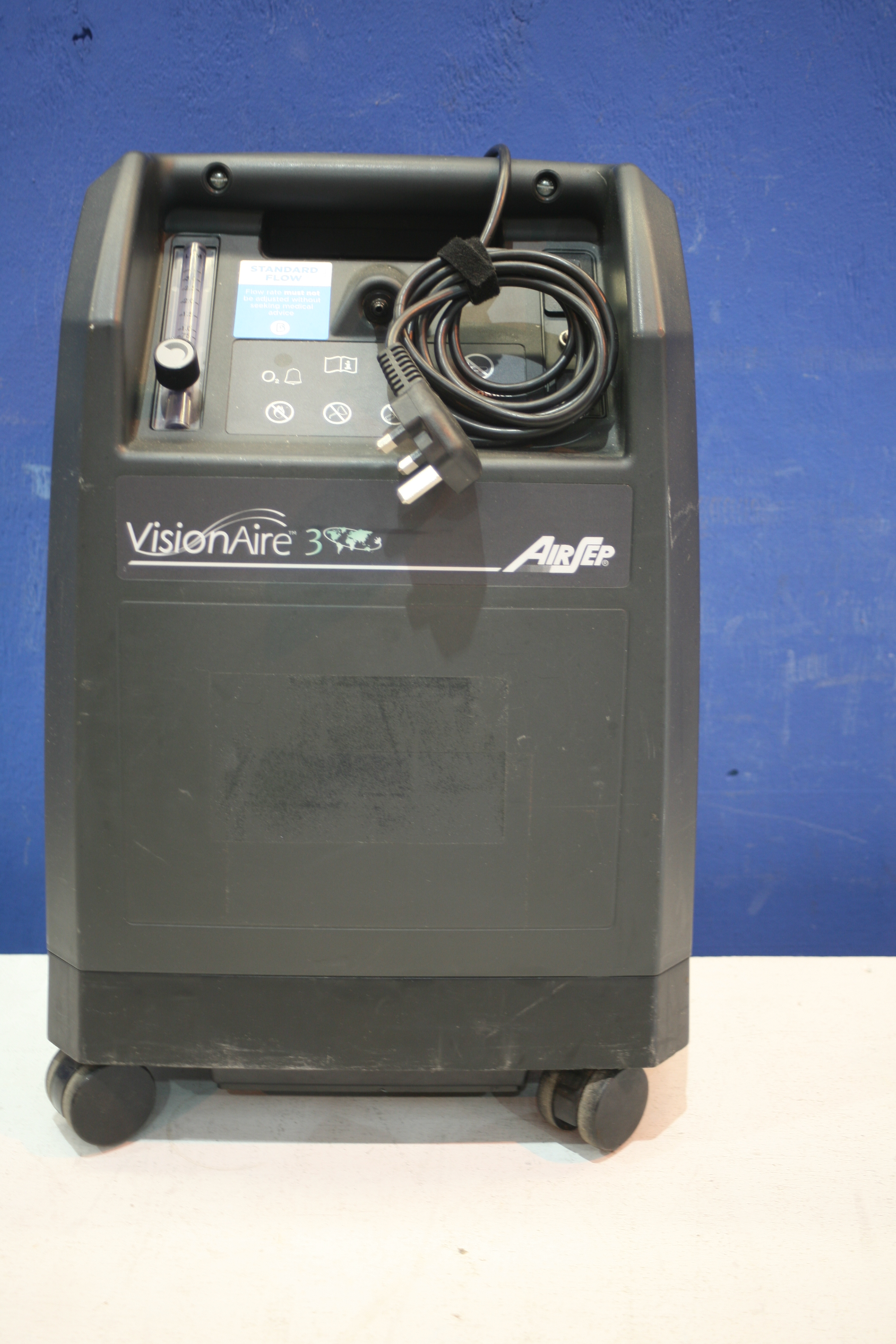 Lot 171 - Airsep Vision Aire 3 Oxygen Concentrator *Powers Up*