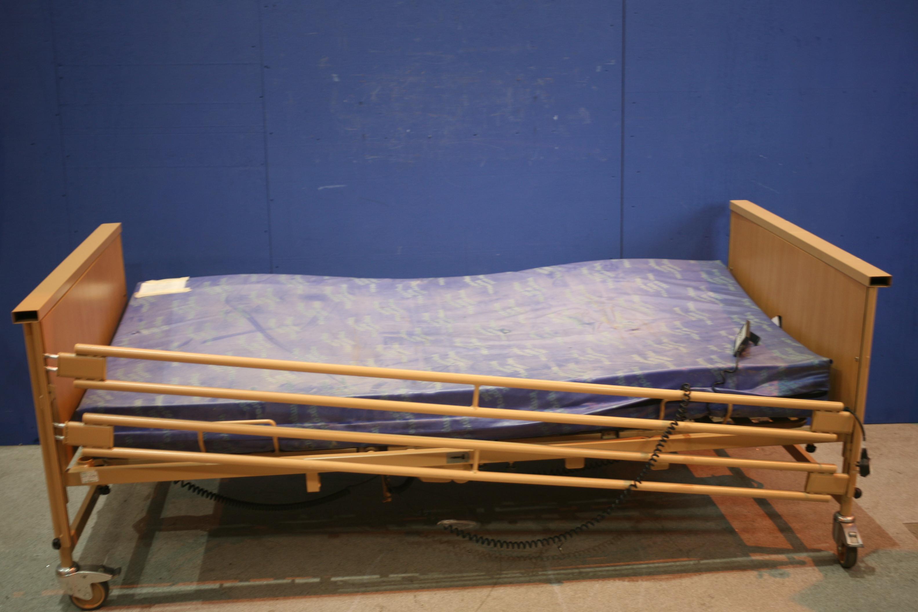 Lot 122 - Electric Hospital Bed *Broken*