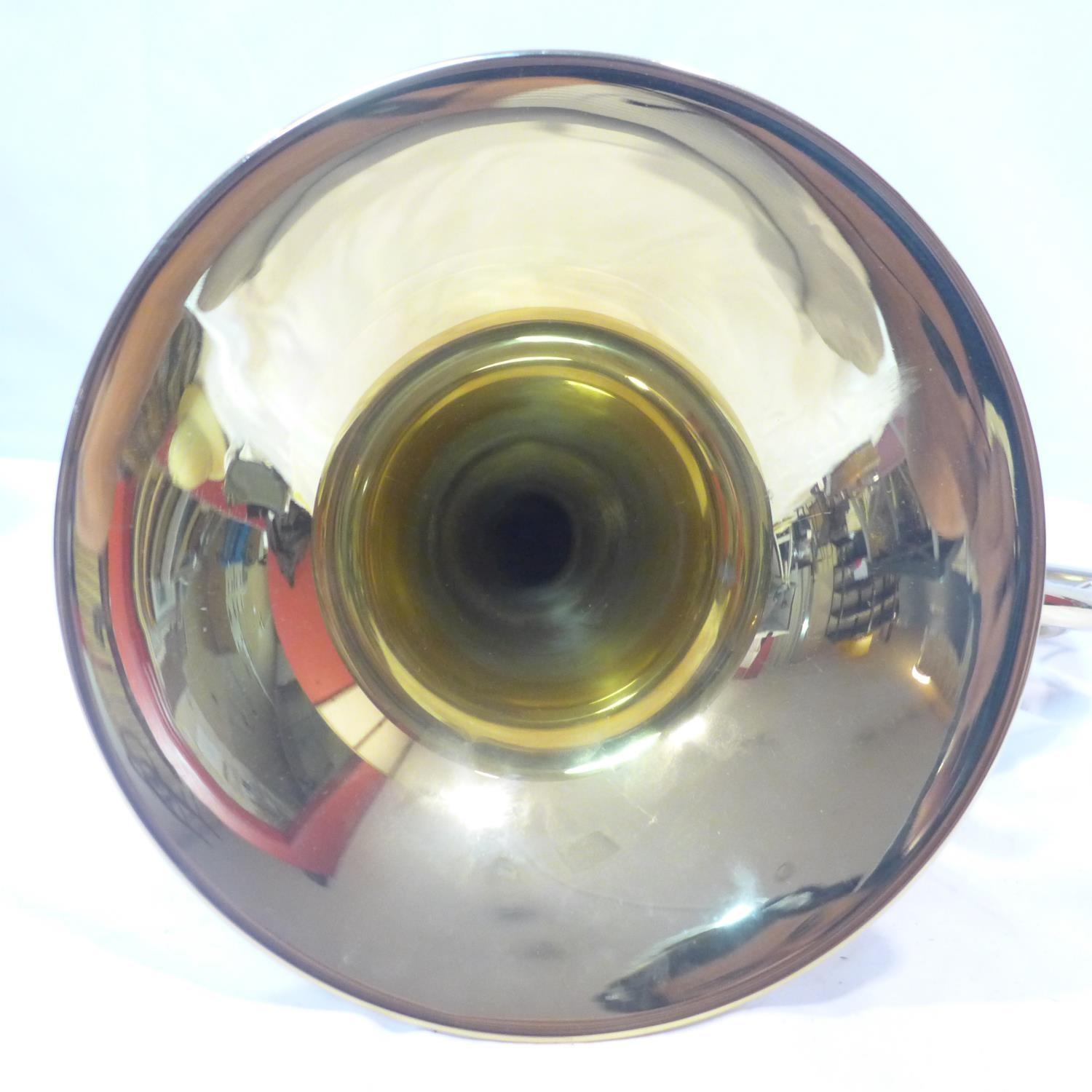 Lot 757 - A Paxman 'Studenti' brass French horn with fitted carry case