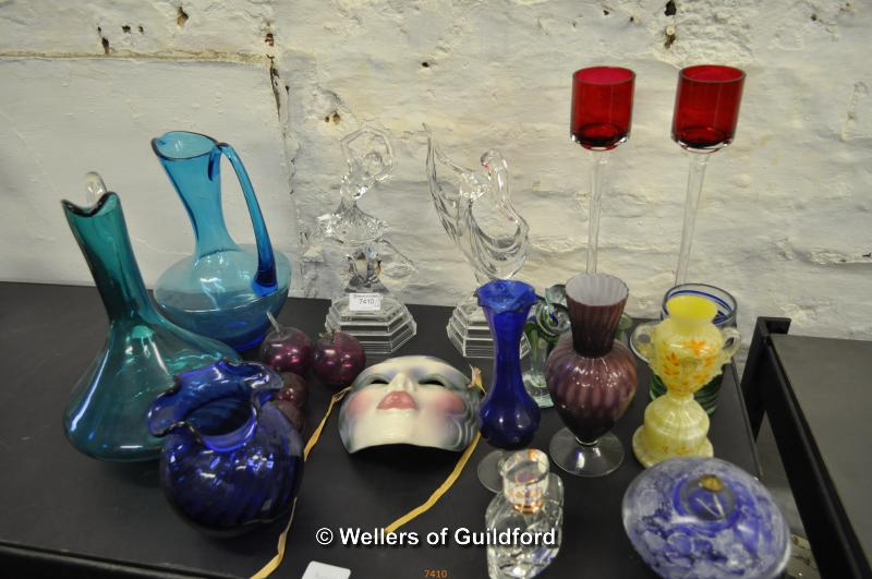 Lot 7410 - Decorative glassware including two dancer figurines, pair of tall red glass candle holders, blue