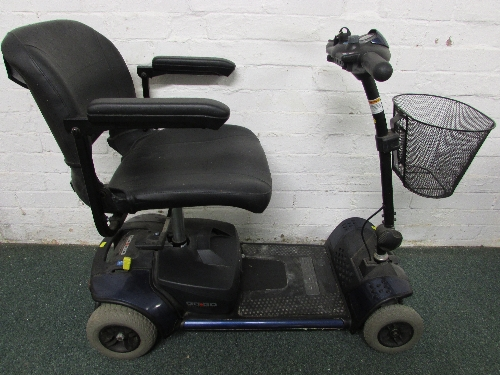 Lot 33 - PRIDE GO-GO ELITE TRAVELLER MOBILITY BUGGY (KEY AND CHARGER IN OFFICE) (BATTERY DOES NOT CHARGE)