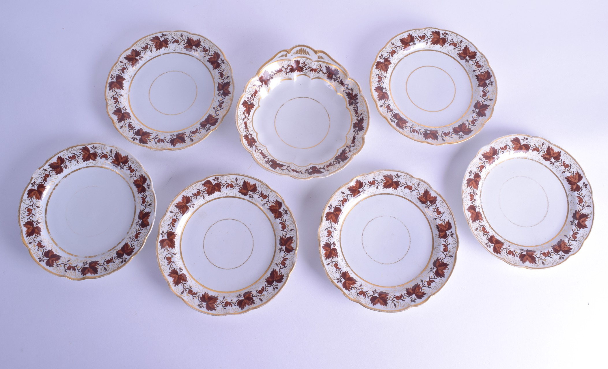 Lot 166 - Flight Barr Worcester part dessert service painted with brown oak leaves and gilding comprising 8