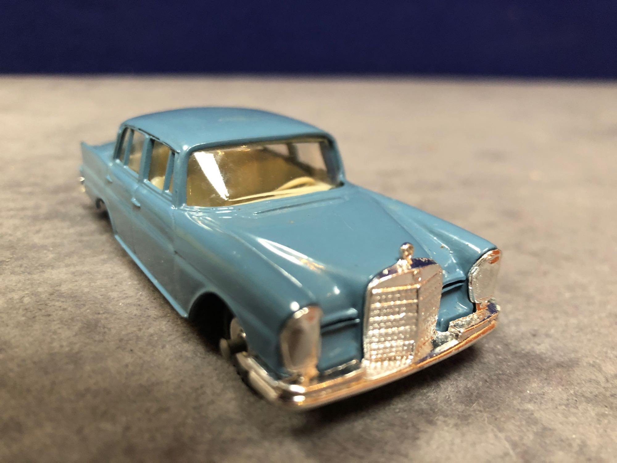 Dinky #186 Mercedes-Benz 220 SE Blue - Petrol Blue Body With White Interior. Spun Hubs. Mint in - Image 2 of 4