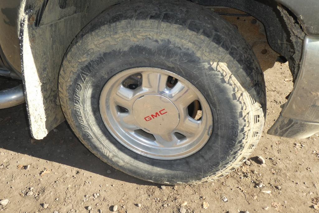 Lot 5 - 2002 GMC SIERRA 1500 Z71 4X4 EXT CAB TRUCK VIN: 1GTEK19T62E177676Engine: V8 VORTEX GASAT, 355,383 KM