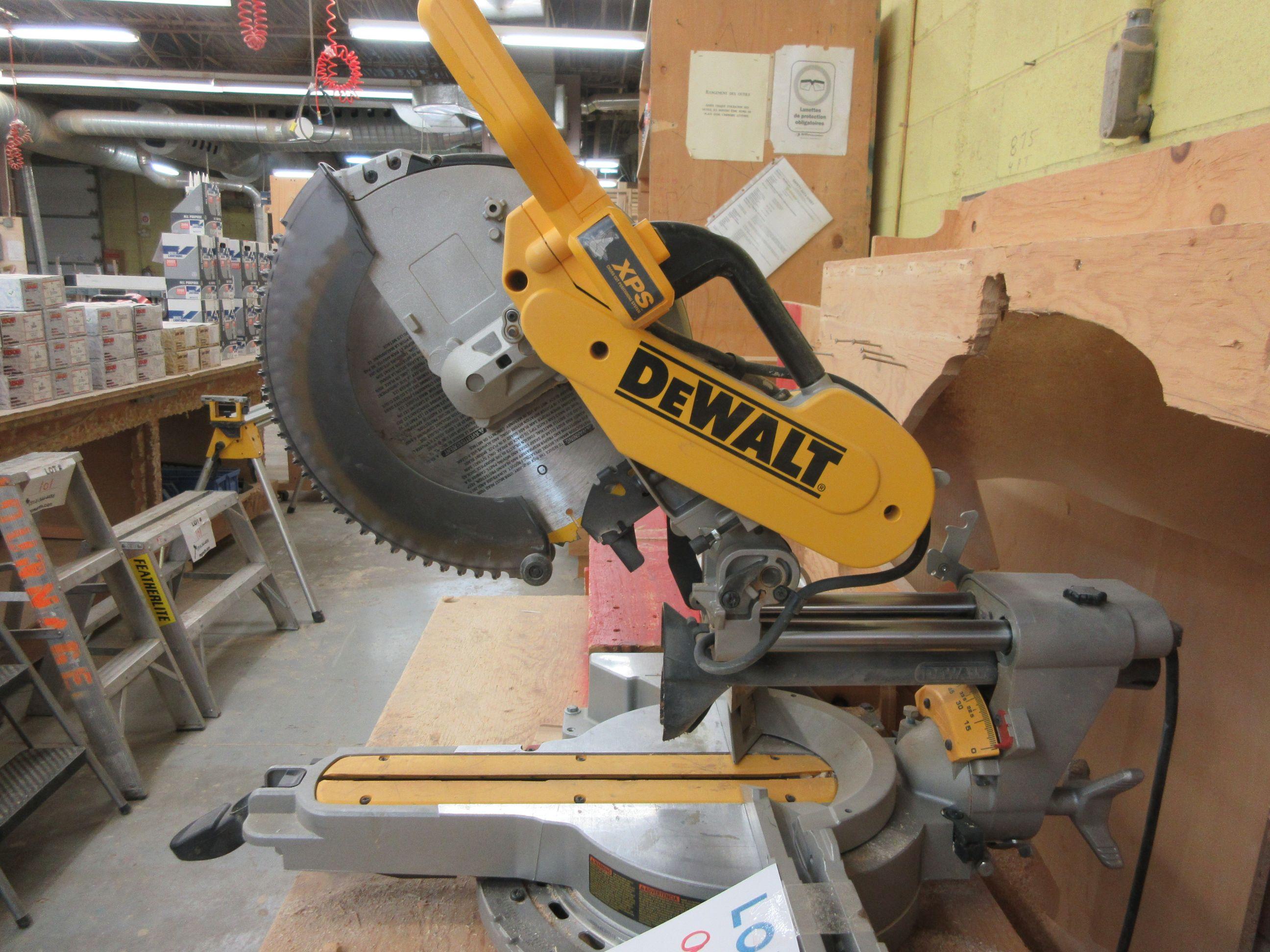 DEWALT miter saw Mod: DWS 780, c/w work cabinet