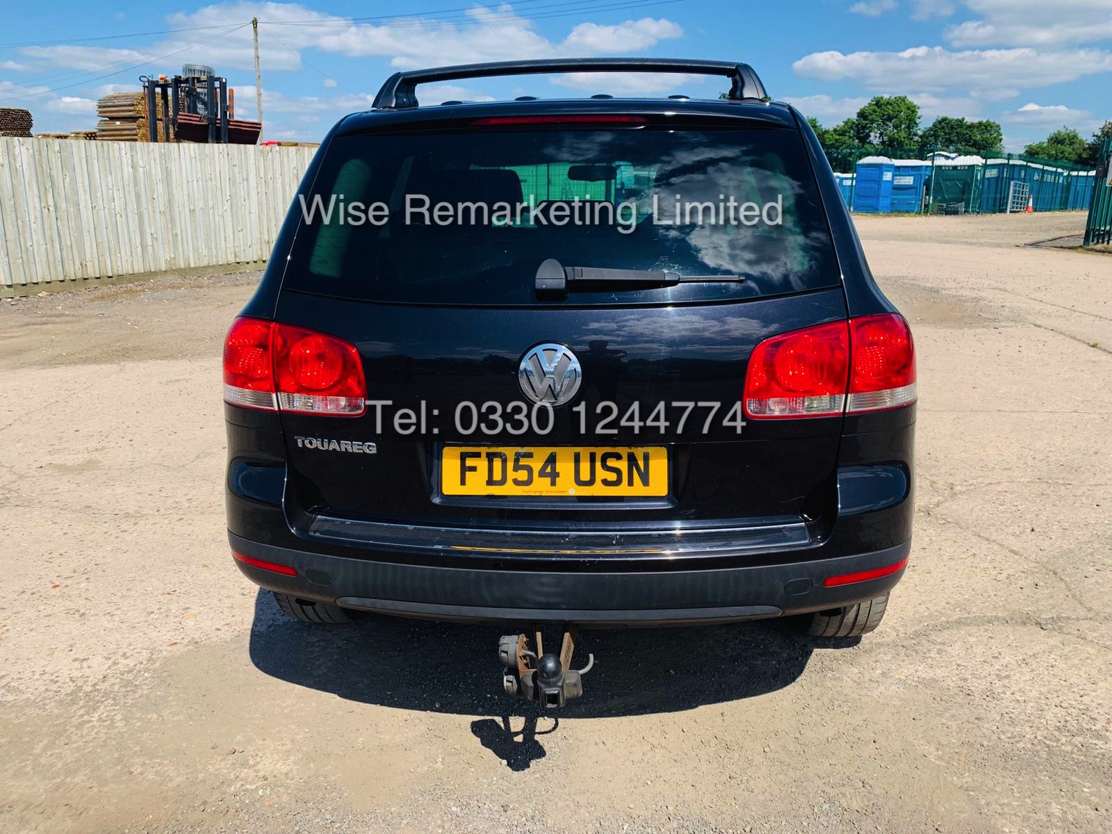 VOLKSWAGEN TOUAREG 2.5 TDI SPORT AUTO 2004 REG 4x4 BLACK - CREAM LEATHER - Image 6 of 24