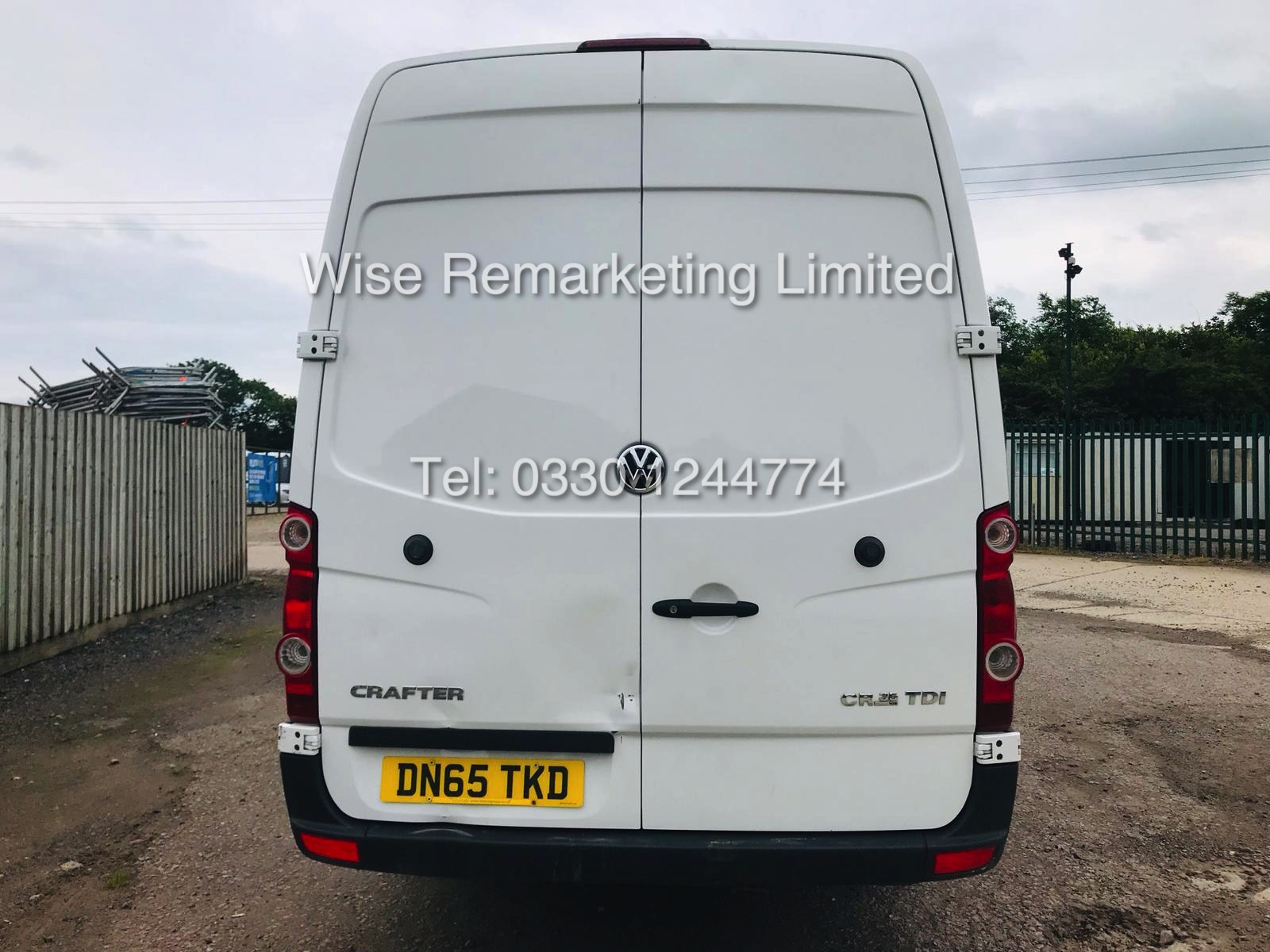 VOLKSWAGEN CRAFTER CR35 2.0 TDI LONG WHEEL BASE 2016 MODEL - Image 3 of 14