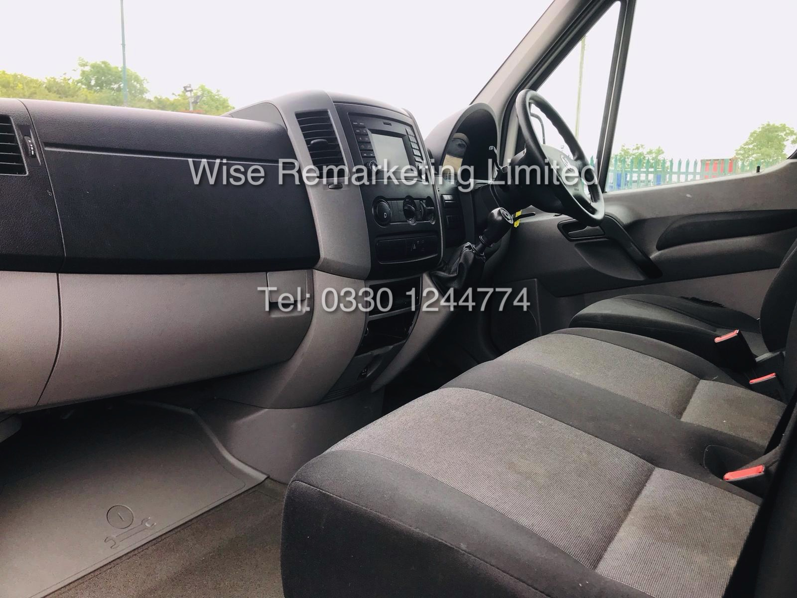 VOLKSWAGEN CRAFTER CR35 2.0 TDI LONG WHEEL BASE 2016 MODEL - Image 8 of 14