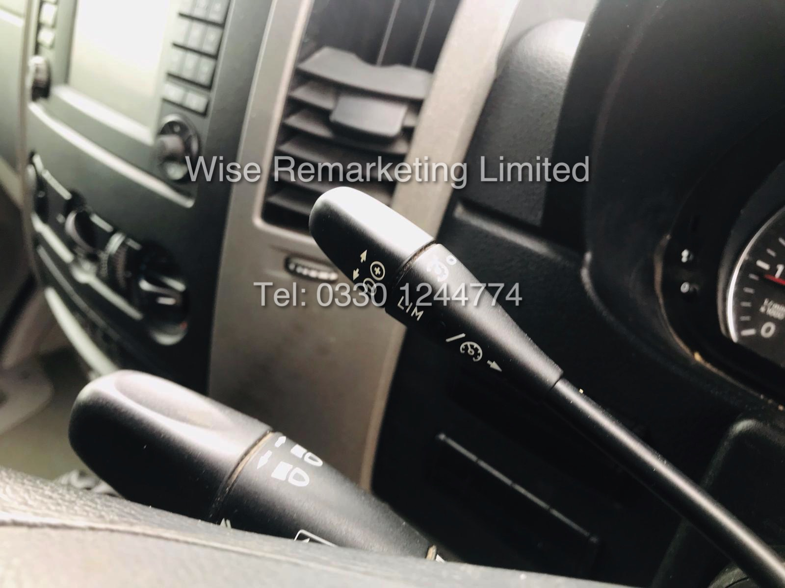 VOLKSWAGEN CRAFTER CR35 2.0 TDI LONG WHEEL BASE 2016 MODEL - Image 7 of 14