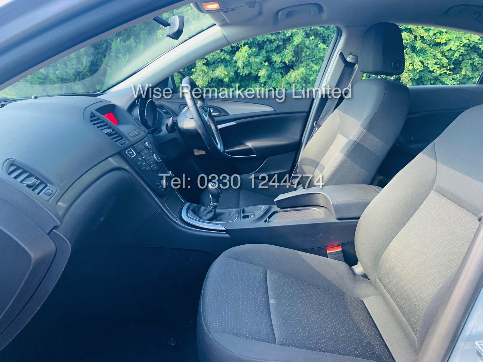 VAUXHALL INSIGNIA 2.0 CDTI ECOFLEX ES 2013 *FSH* 1 OWNER FROM NEW - Image 14 of 30
