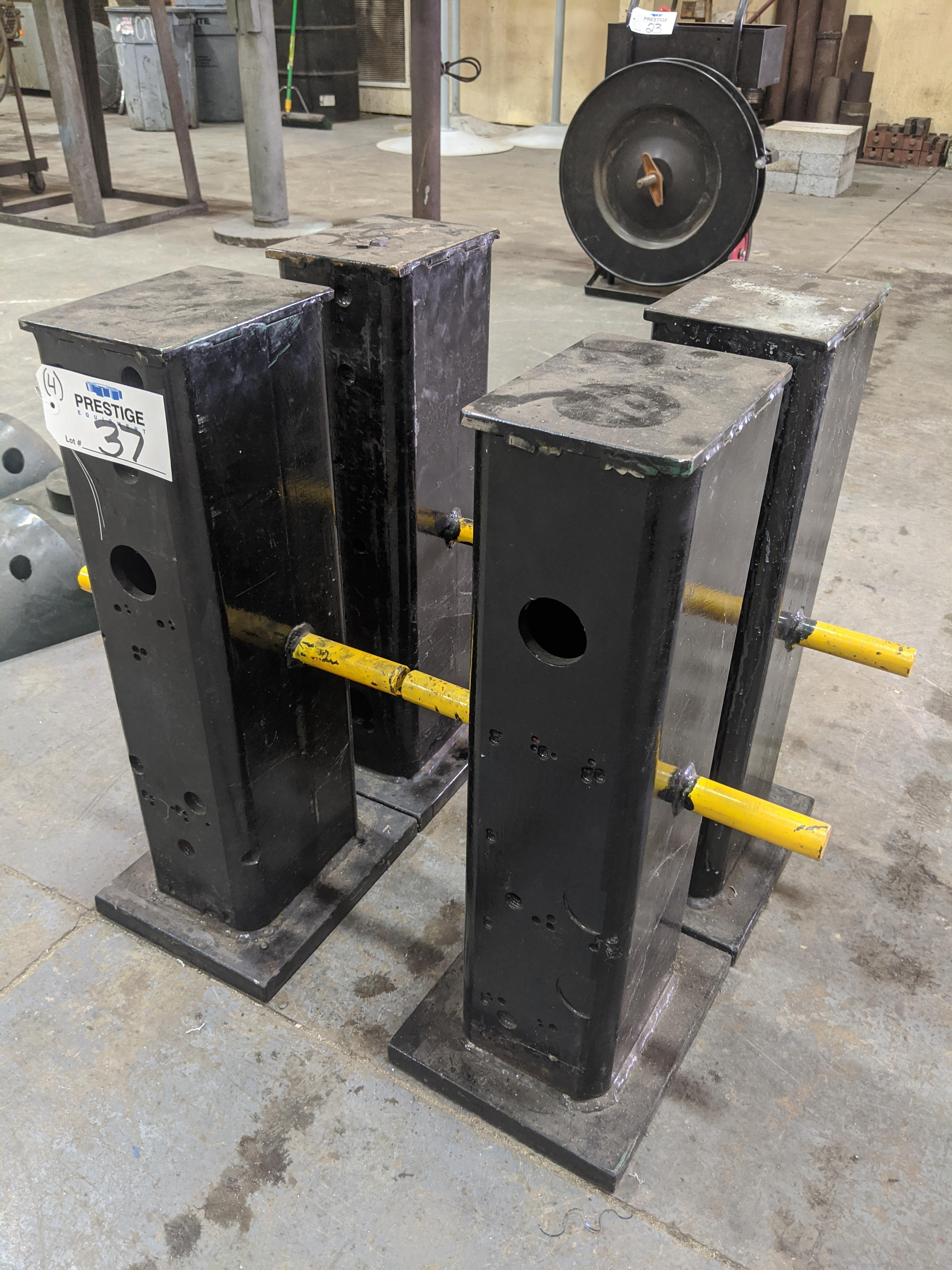 """Lot 37 - Heavy Duty 25"""" Steel Support Stands"""